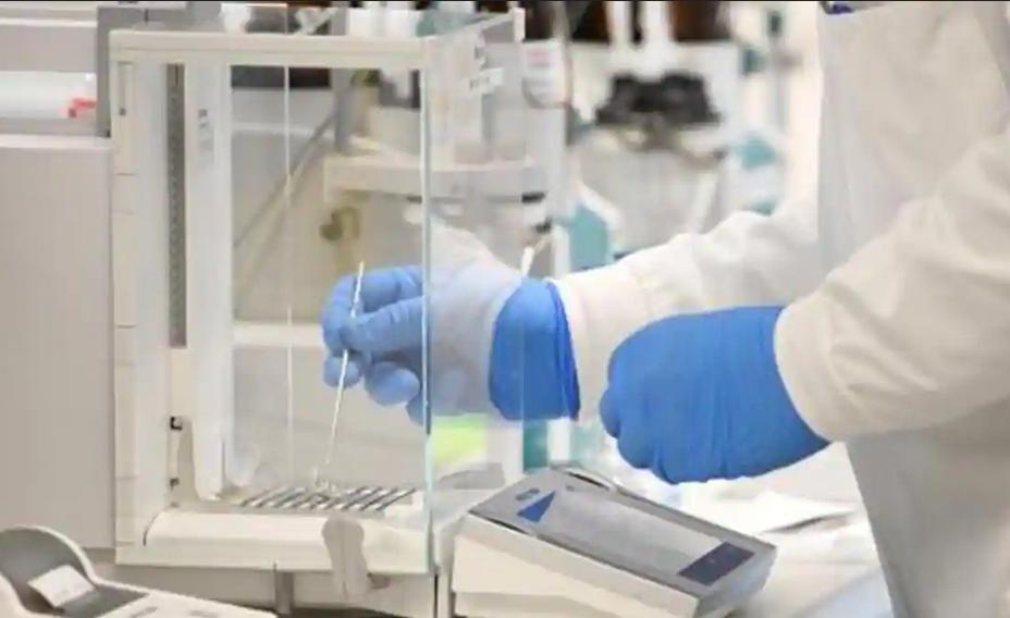 AstraZeneca starts late-stage trials of Covid-19 antibody medicine